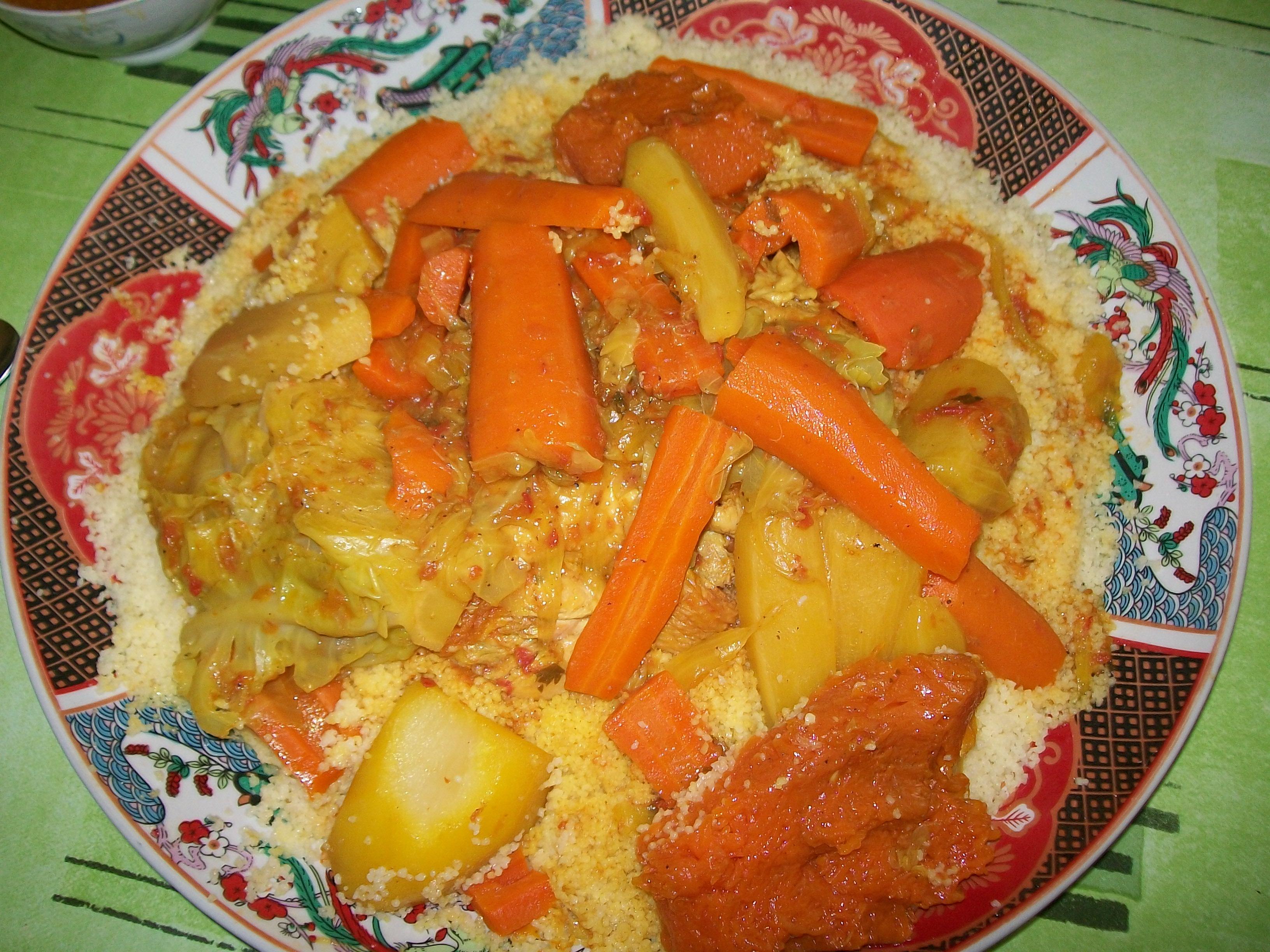 Couscous d'orge au poulet et au 7 légumes