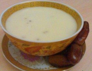 Soupe de semoule aux grains d'anis