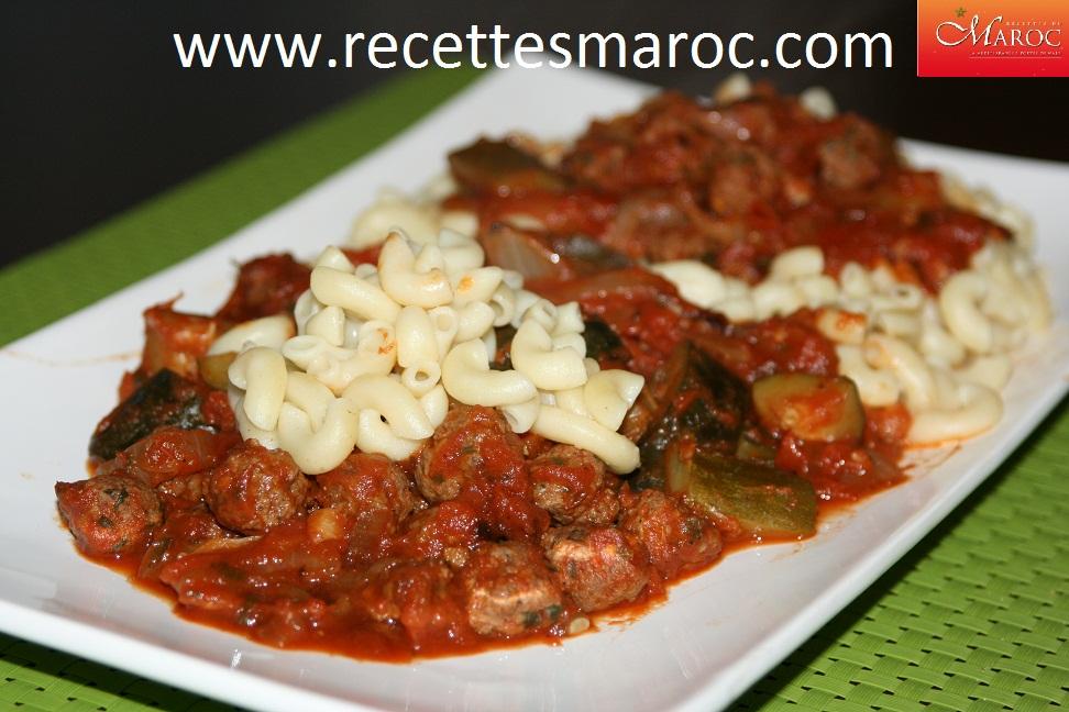Macaronis aux legumes et viande hachee