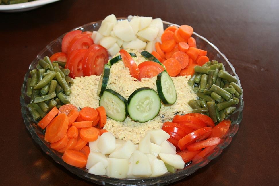 Recette salade au riz et l gumes cuits recettes maroc for Entree original et simple