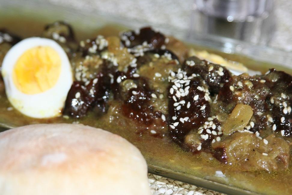 Tajine de veau aux pruneaux (mrouzia)