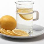 citron et eau tiède