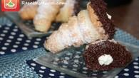 De délicieux cornets feuilletés farcis de crème chantilly et trempés dans le chocolat. Ils sont légèrement croustillants et sont parfaits comme goûter ou dessert. Voici les ingrédients nécessaires. Ingrédients : […]