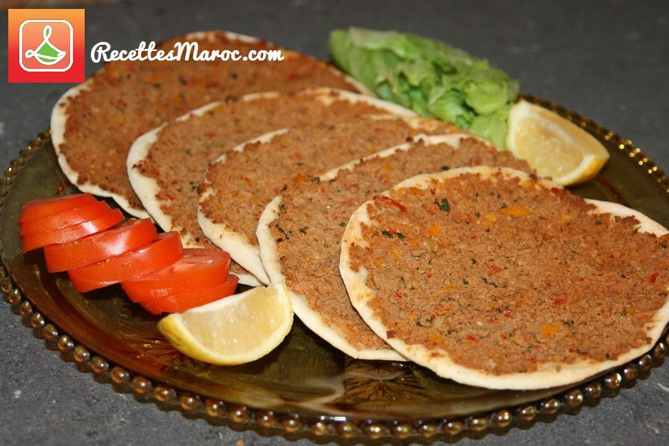 recette pizza turque lahmacun recettes maroc. Black Bedroom Furniture Sets. Home Design Ideas