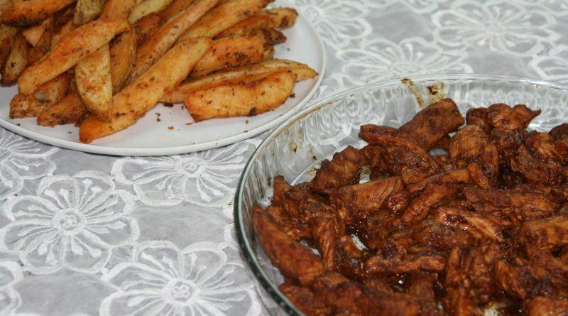 Dinde à la Sauce BBQ & Pommes de Terre au Four