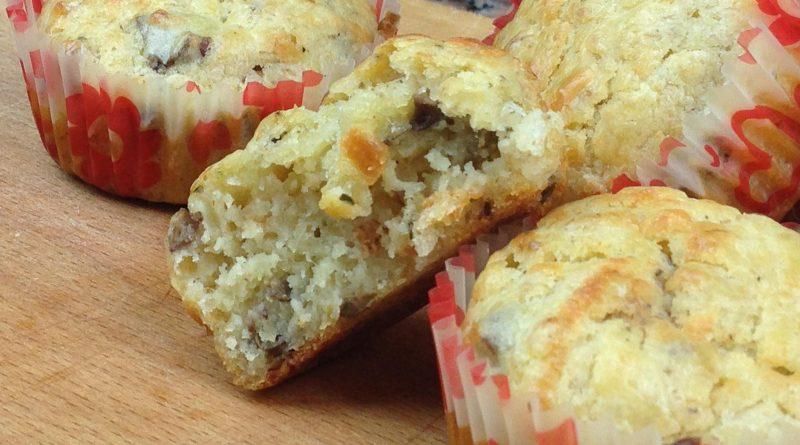 Muffins Salés au Thon & Olives